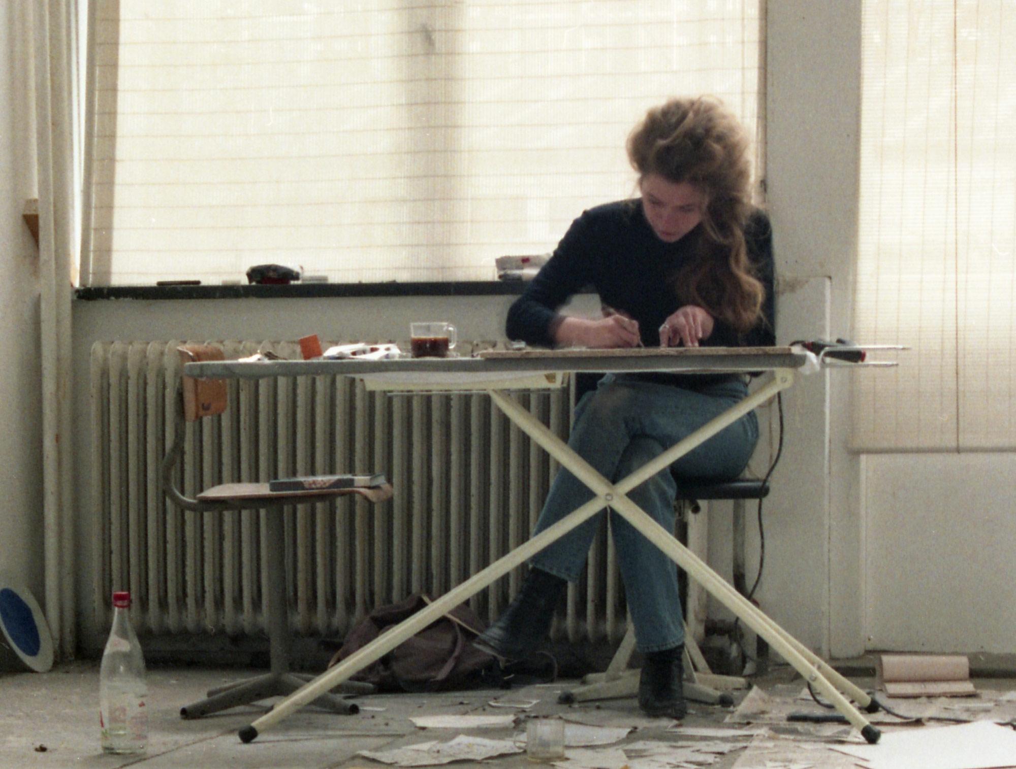 Maddy Arkesteyn in her studio